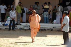 swami nirmalananda giri
