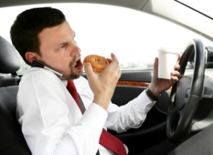 Eating_food_while_driving