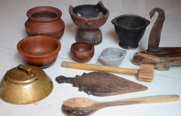 traditional cooking vessels